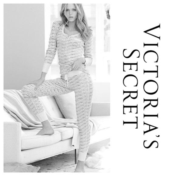 Victoria s Secret Intimates   Sleepwear  60a627835